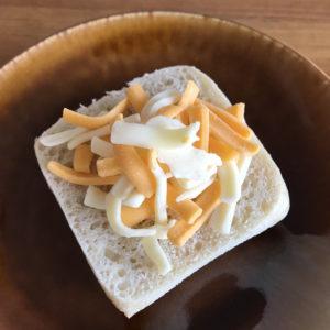 コストコマーブルシュレッドチーズでチーズトースト